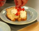 Кекс с ягоди и сметана 5