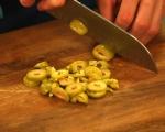 Салата от зелени маслини