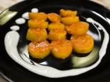 Пикантни картофи в доматен сос