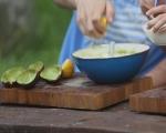 Салата от яйца и авокадо 4