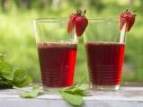 Сок от бъз с ягоди и мента
