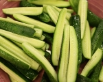 Пикантни кисели краставички