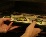 Чеснови хлебчета с патладжани 6