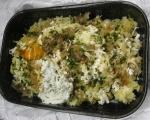 Картофени кюфтенца на фурна с печен лук и сос от печени червени пиперки 12