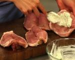 Свински котлети с винен сос 3