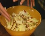 Салата от цикория с ябълки и орехи 6