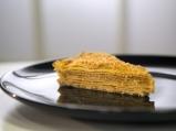 Лимоново-кокосова торта от палачинки