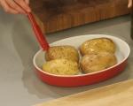 Печени картофи с плънка от кисело зеле