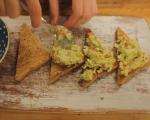 Пастет от авокадо с печени чушки и сирене  4