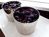Панакота с горски плодове