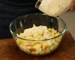 Плодова салата с крем сирене 5