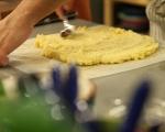 Картофено руло с печени чушки 6