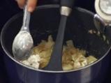 Картофи с лук 2