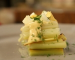 Салата от праз с варени яйца 4