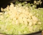 Зеленчукова яхния под кора 5