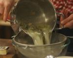 Бульон от пармезан с печено яйце 2