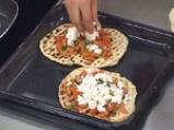 Грил пица с лук и сирене 4