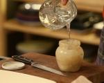 Лаврак със сос от тахан и къри