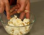 Сладки хлебчета с извара и стафиди 3