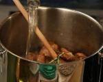 Агнешко със зелени маслини 3