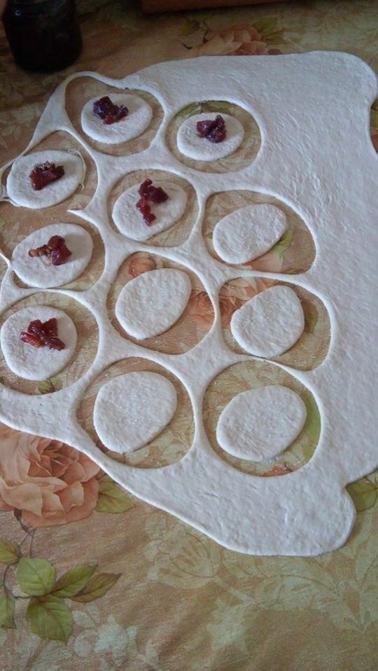 Дребни понички с готово тесто