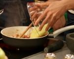 Пълнени тиквички с пилешко и моцарела 8