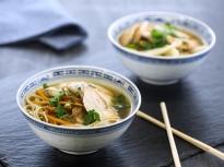 Пилешка супа с жасминов чай и соба