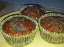 Боровинкови мъфини с царевично брашно