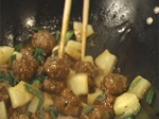 Азиатски кюфтенца с ананас