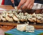 Печен лук със синьо сирене 3