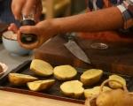 Пълнени картофи с гъби и броколи