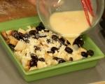 Хлебен пудинг с грозде и бял шоколадов сос 5