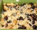 Хлебен пудинг с грозде и бял шоколадов сос 6