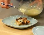 Хлебен пудинг с грозде и бял шоколадов сос 8