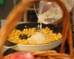 Пълнено пиле с кестени и тиква 4