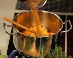 Супа от тиква със скариди и бекон 4