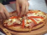Пица с шунка и кашкавал 5