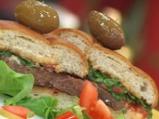Хамбургери с кисели краставички