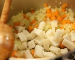 Картофена супа със зеле и пушени гърди