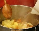 Картофена супа със зеле и пушени гърди 2