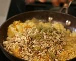 Пълнен лук с ориз и орехи 7
