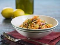 Шарена картофена салата