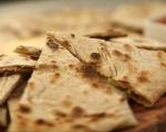 Плоски хлебчета с ароматна плънка 10