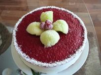 Сладоледена торта с пъпеш и малинов т...