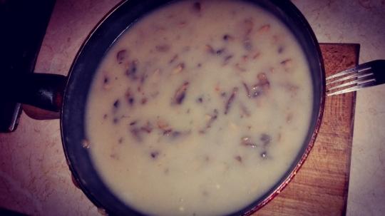 Печени кюфтета с гъбен сос