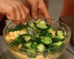 Хлебен пудинг с броколи и сирена 4