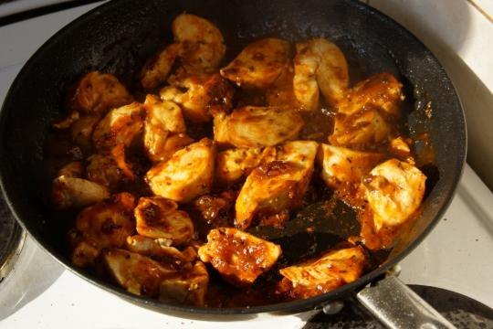 Пилешки гърди с кайсиева глазура