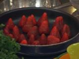 Торта с ягодов крем карамел