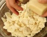 Кардамонени хлебчета с крем от марципан (Семла) 7