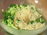 Тайландска спаначена салата 2